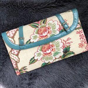 Alyssa Graves floral print clutch